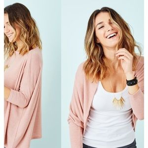 Addy poncho - blush SOLD OUT ONLINE